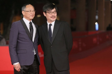 Johnnie To e Wai Ka-Fai sul red carpet del Festival del Film di Roma 2012 (Ernesto Ruscio/Getty Images Europe)